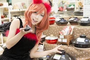 神崎りのあ京都出身。ライター来店などで全国を飛び回るコスプレタレント5.jpg